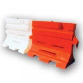 BP100 Road Barrier white